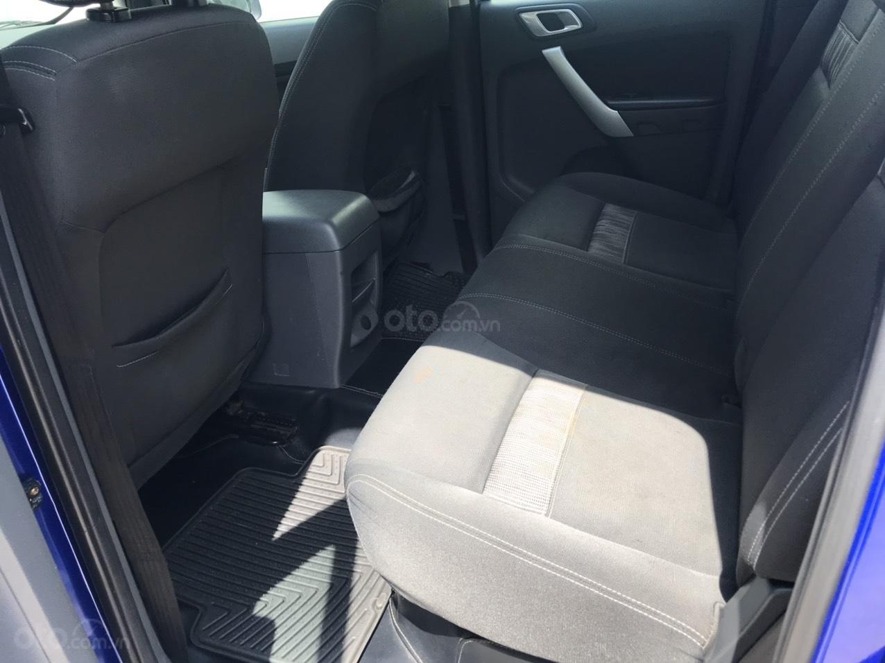 Cần bán Ford Ranger XLT MT 2.5L 2015, màu xanh lam, xe nhập, giá chỉ 485 triệu (6)