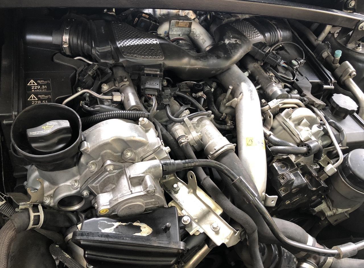 Bán Mercedes GL320 CDI máy dầu, đời 2008, màu đen, xe nhập (14)