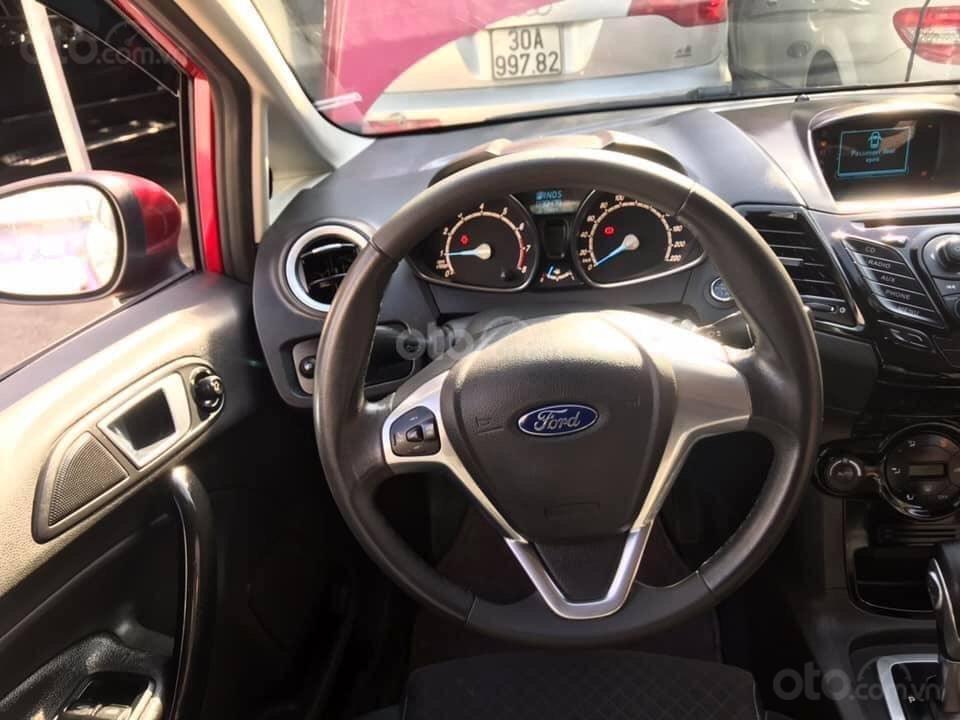 Bán xe Ford Fiesta năm sản xuất 2014, màu đỏ, giá tốt (5)