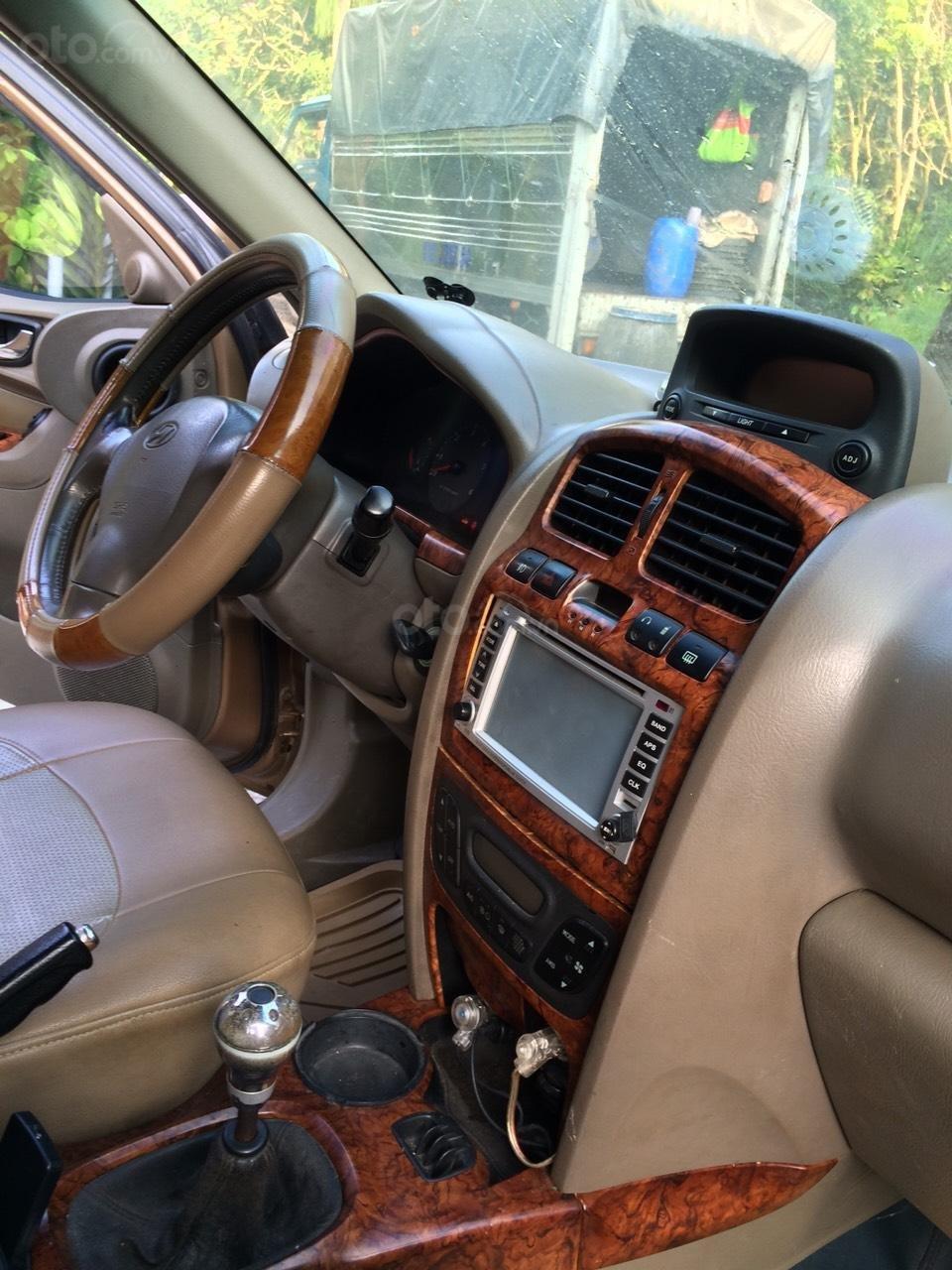 Bán Hyundai Santa Fe sản xuất năm 2003, màu nâu, nhập khẩu nguyên chiếc, giá 250tr (5)