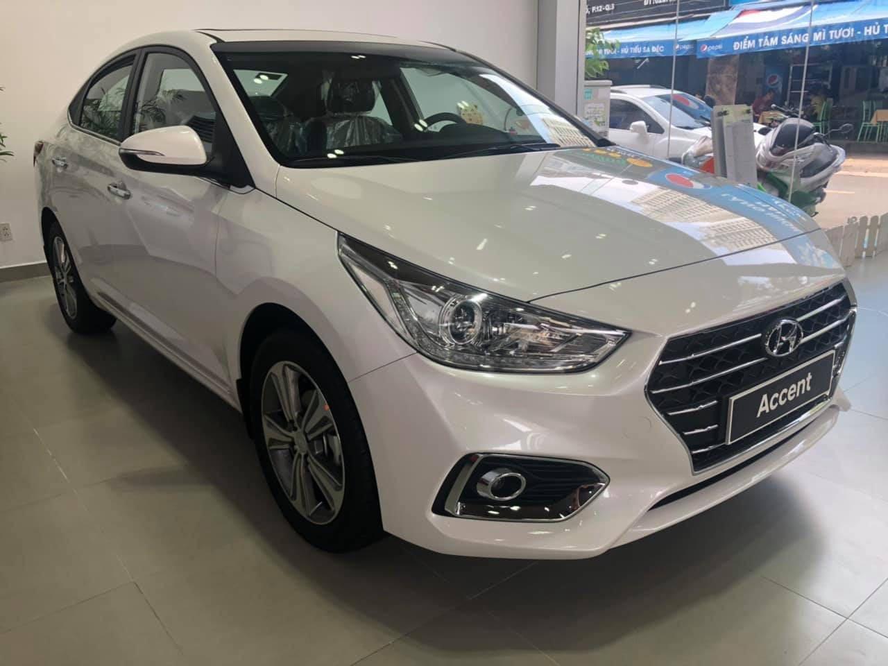 Cần bán Hyundai Accent đời 2019, màu trắng nhập khẩu, giá 430 triệu đồng (3)