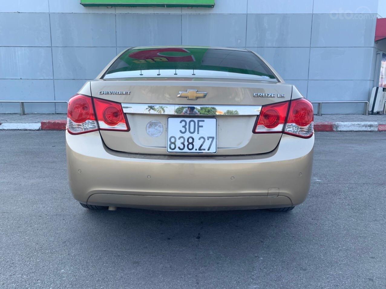 Cần bán Chevrolet Cruze sx 2013 số sàn 1.6 màu vàng - Quang Tiệp 0865.567.369 (2)