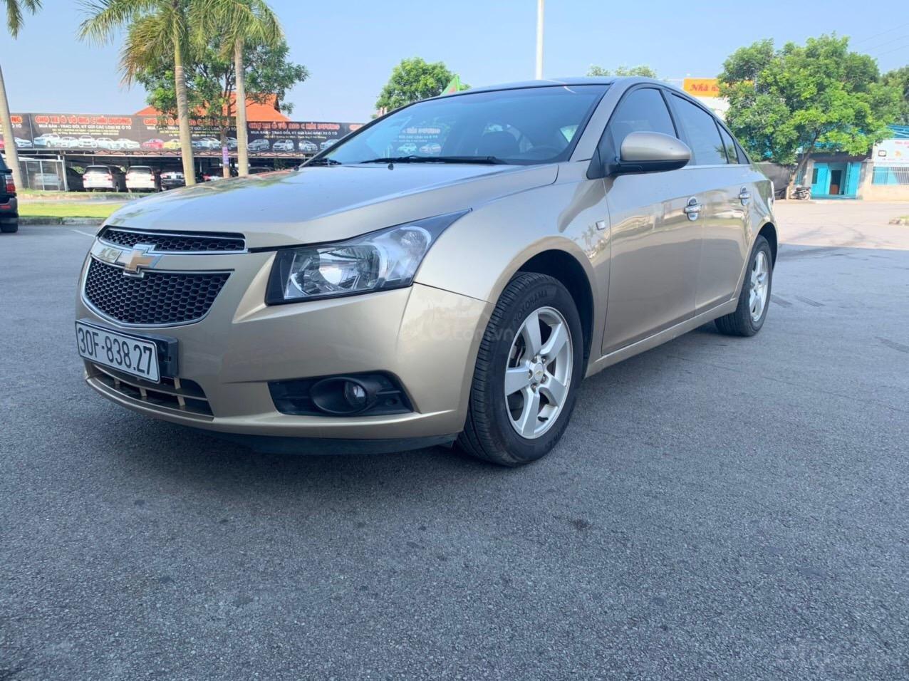 Cần bán Chevrolet Cruze sx 2013 số sàn 1.6 màu vàng - Quang Tiệp 0865.567.369 (3)