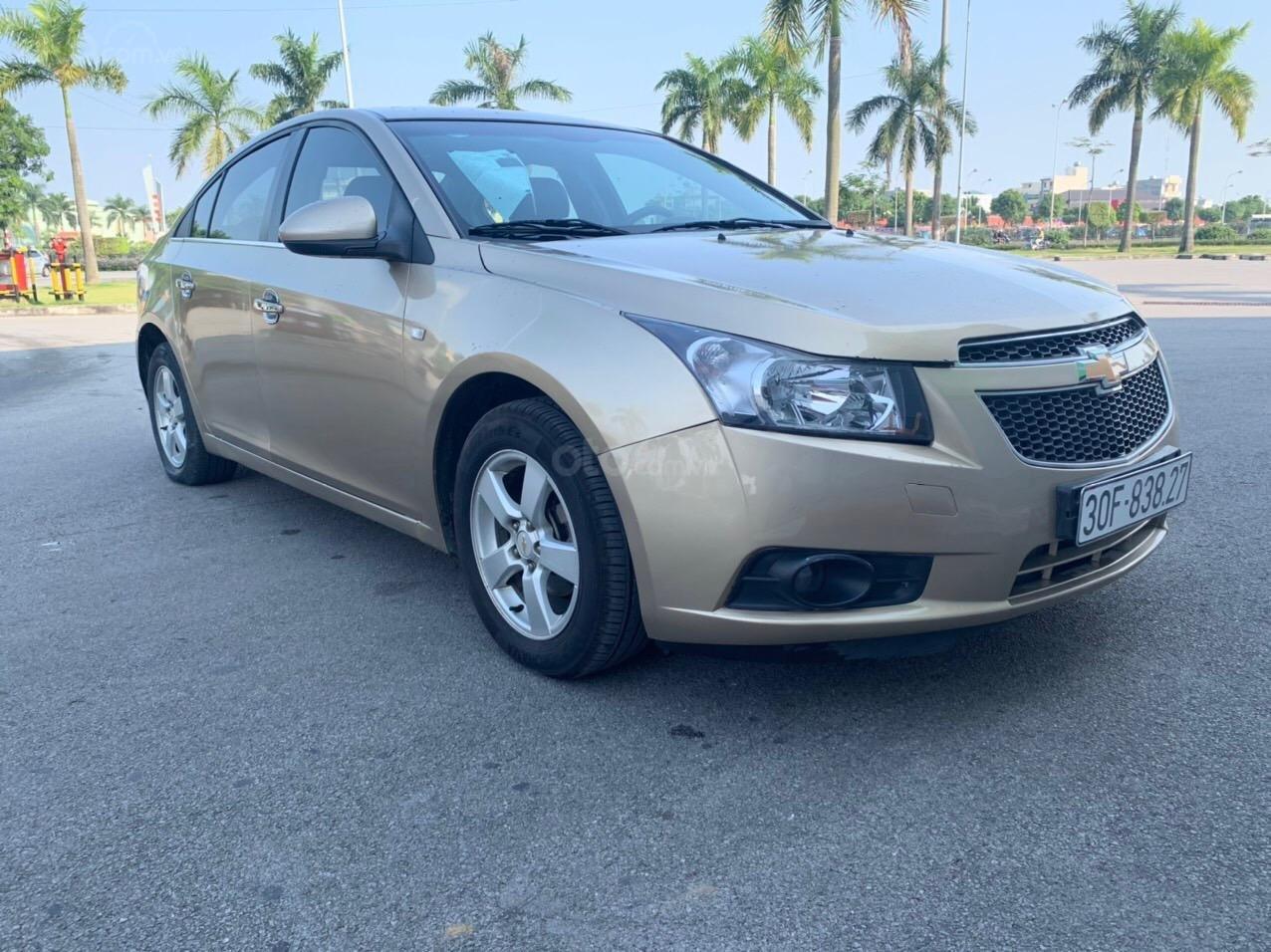 Cần bán Chevrolet Cruze sx 2013 số sàn 1.6 màu vàng - Quang Tiệp 0865.567.369 (4)