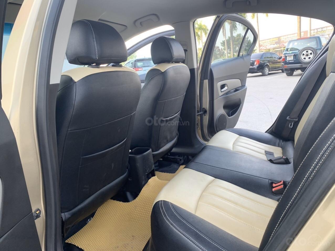 Cần bán Chevrolet Cruze sx 2013 số sàn 1.6 màu vàng - Quang Tiệp 0865.567.369 (5)