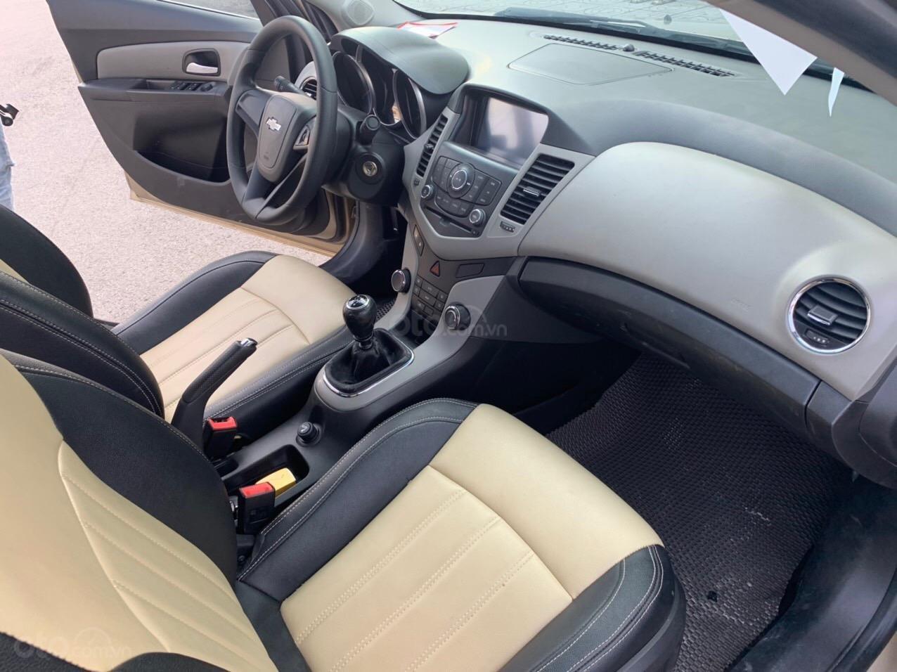 Cần bán Chevrolet Cruze sx 2013 số sàn 1.6 màu vàng - Quang Tiệp 0865.567.369 (6)
