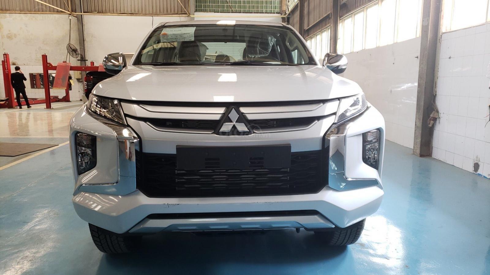 Mitsubishi Triton số sàn bản 2020 - Chính sách hấp dẫn, giá tốt (1)
