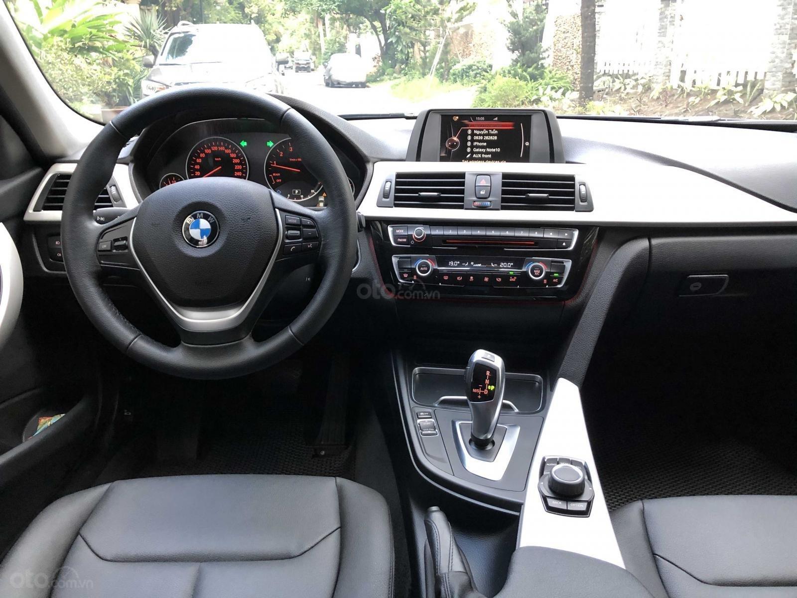 Bán BMW 3 Series năm 2016, màu xanh lam mới 95% giá chỉ 1 tỷ 139 triệu đồng (10)