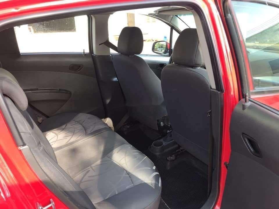 Bán Chevrolet Spark sản xuất 2016, màu đỏ số sàn, xe nguyên bản (5)