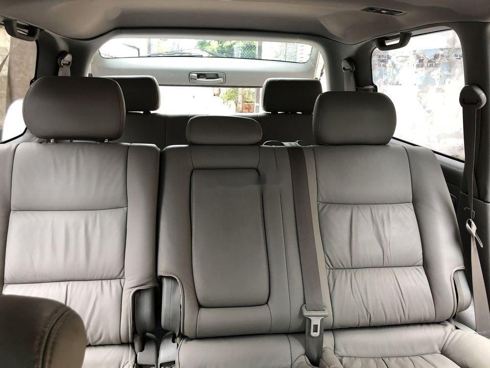 Bán Toyota Land Cruiser năm sản xuất 2006, màu bạc số sàn (7)