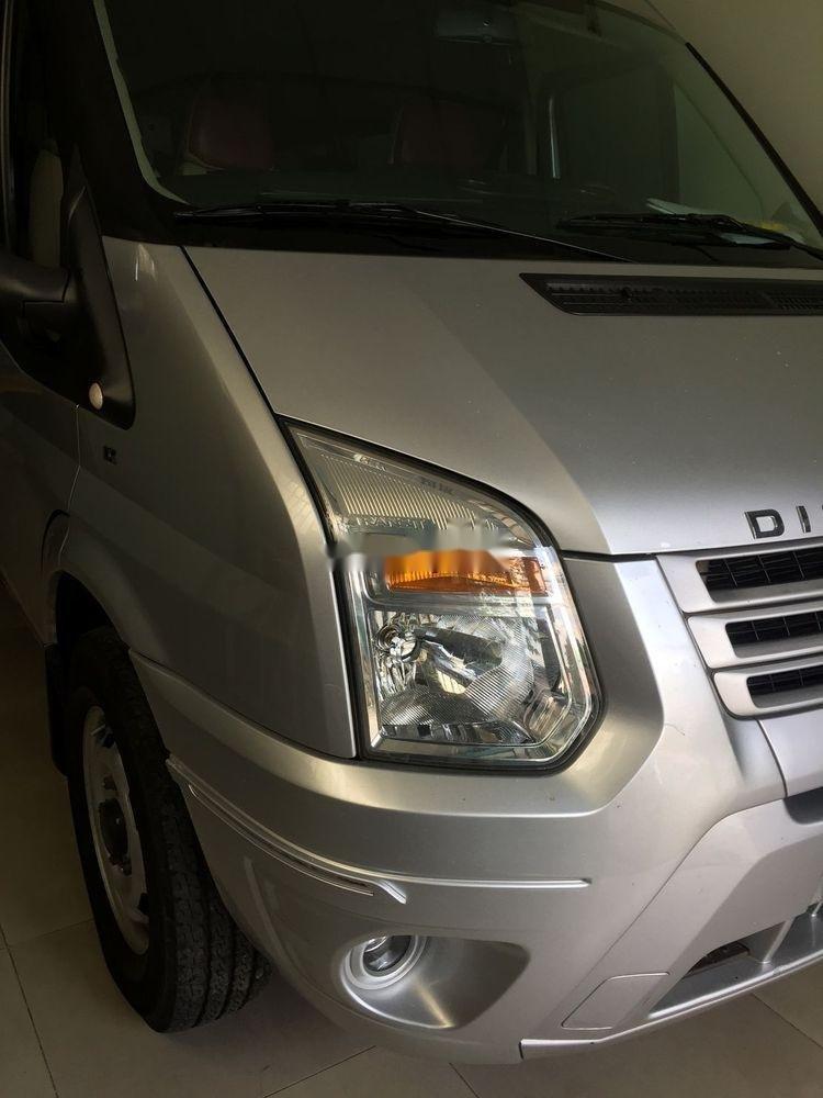 Bán xe Ford Transit sản xuất năm 2015, màu bạc, giá chỉ 496 triệu (1)