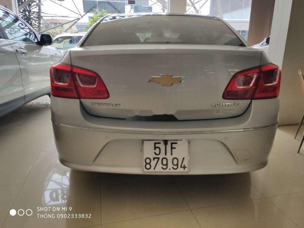 Bán xe cũ Chevrolet Cruze đời 2017, màu bạc (6)