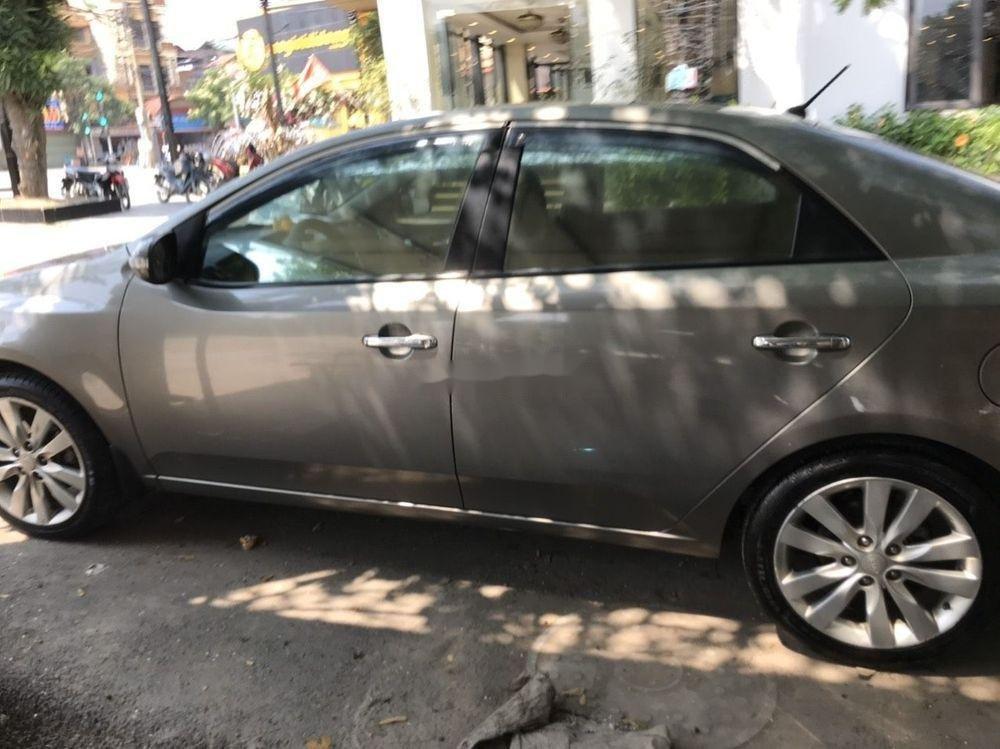 Xe Kia Forte 2011, màu xám xe nguyên bản (2)