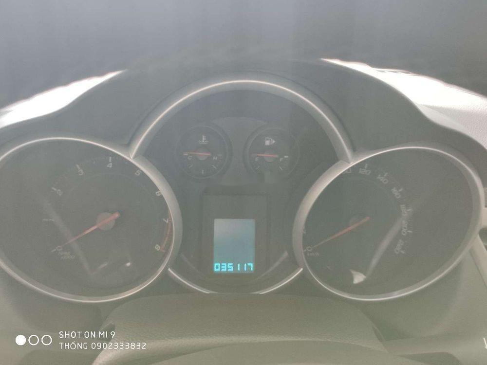 Bán xe cũ Chevrolet Cruze đời 2017, màu bạc (9)