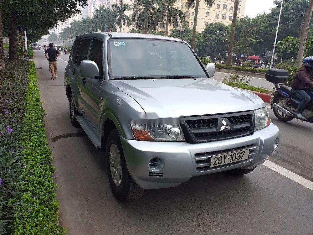 Cần bán Mitsubishi Pajero 2006, màu bạc, xe nhập, số sàn  (3)