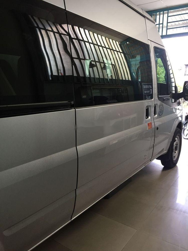 Bán xe Ford Transit sản xuất năm 2015, màu bạc, giá chỉ 496 triệu (5)