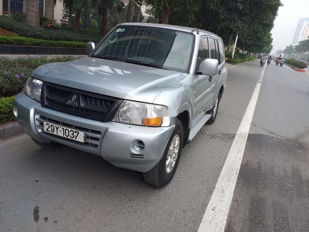 Cần bán Mitsubishi Pajero 2006, màu bạc, xe nhập, số sàn  (2)