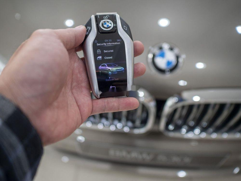 Cần bán BMW 5 Series năm sản xuất 2019, xe nhập (2)