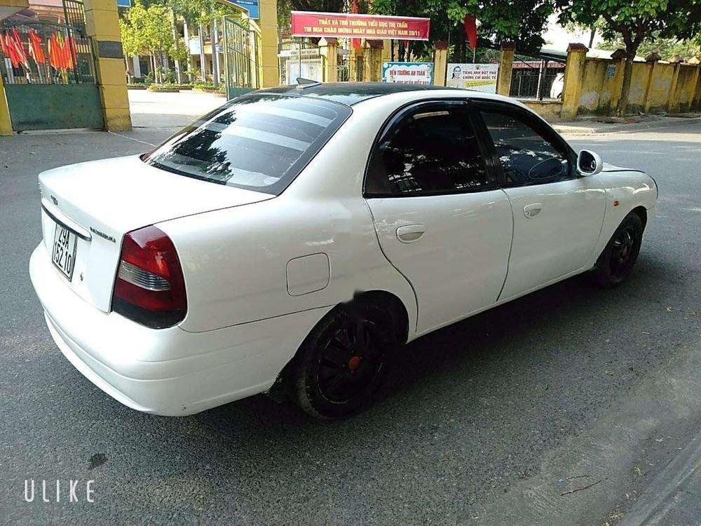 Cần bán Daewoo Nubira đời 2003, màu trắng, giá cạnh tranh (4)