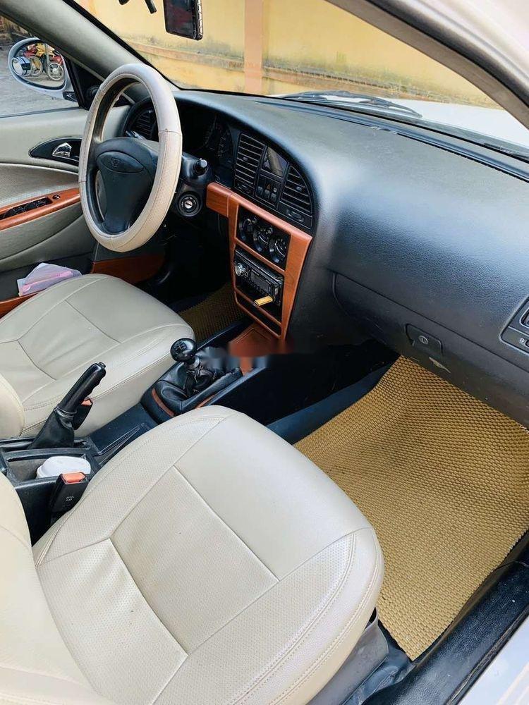 Cần bán Daewoo Nubira đời 2003, màu trắng, giá cạnh tranh (7)