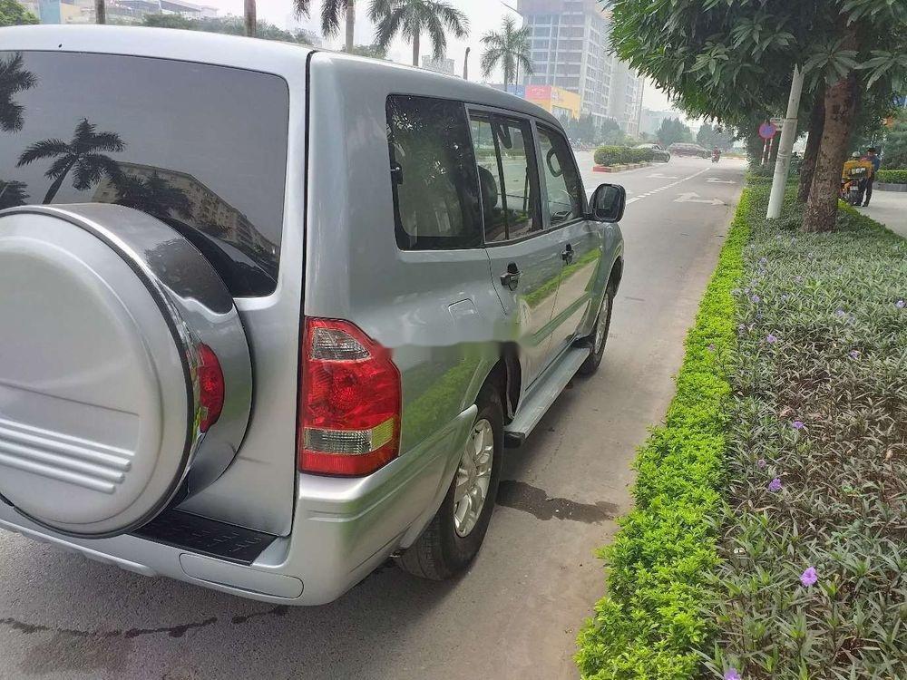 Cần bán Mitsubishi Pajero 2006, màu bạc, xe nhập, số sàn  (7)