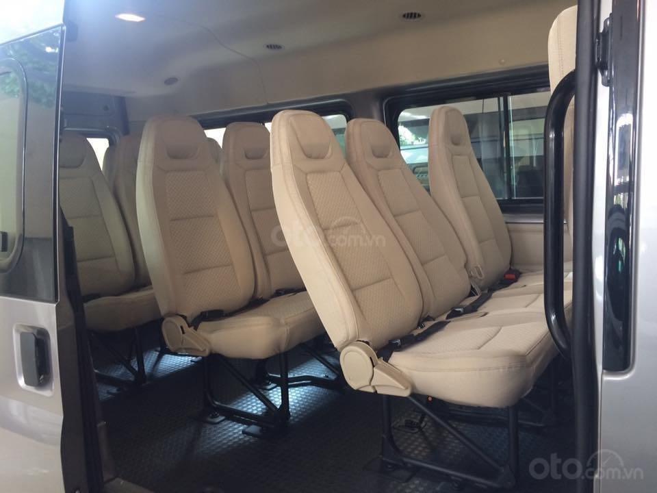 Transit 2019 xả kho giá nhà máy, xe sẵn giao ngay (3)