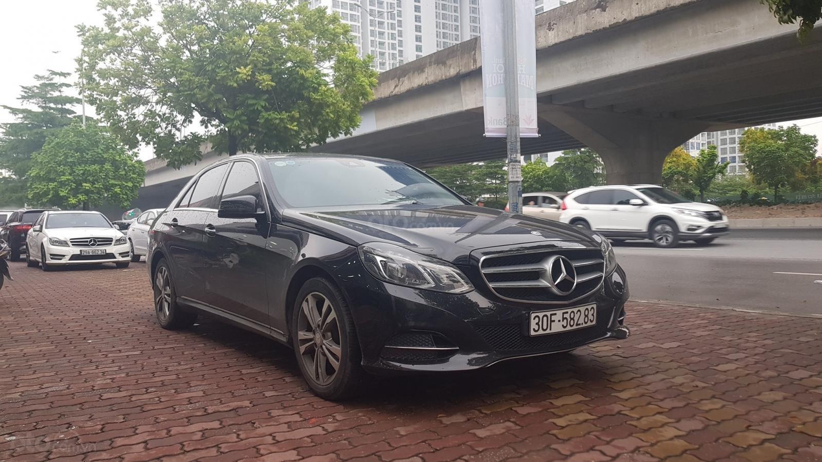 Cần bán xe Mercedes E250 CGI sản xuất 2013 đăng ký cá nhân (1)