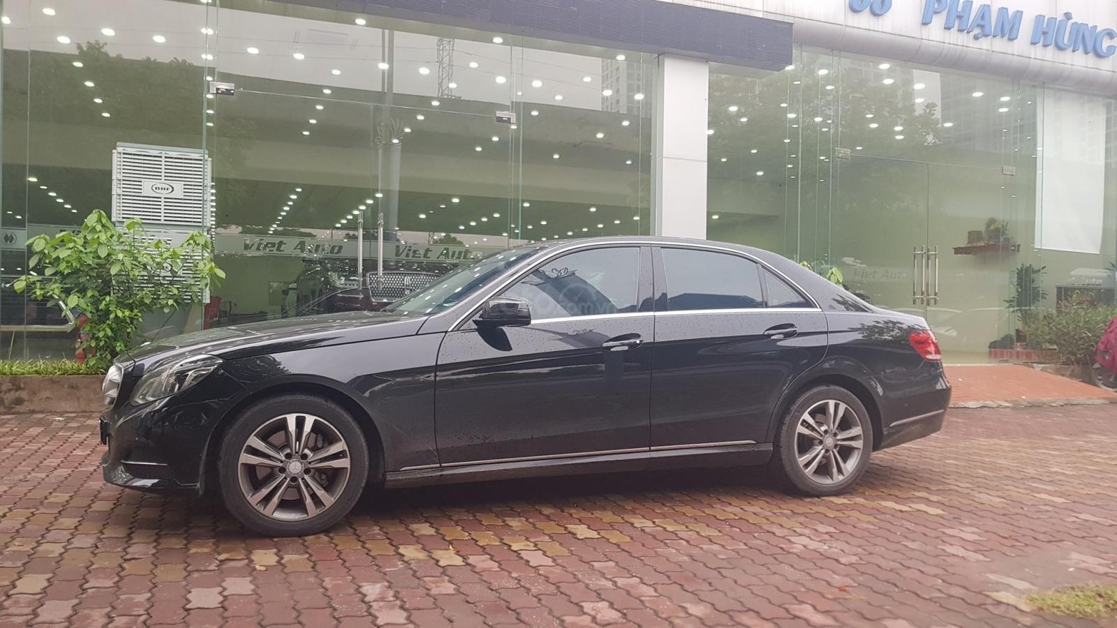 Cần bán xe Mercedes E250 CGI sản xuất 2013 đăng ký cá nhân (4)