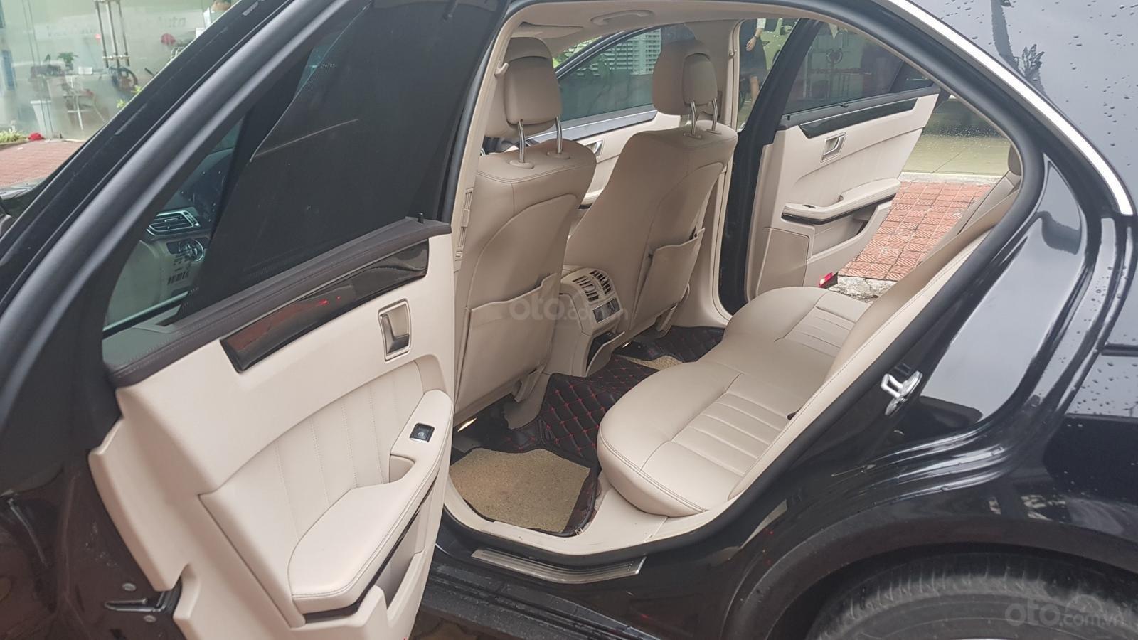 Cần bán xe Mercedes E250 CGI sản xuất 2013 đăng ký cá nhân (13)