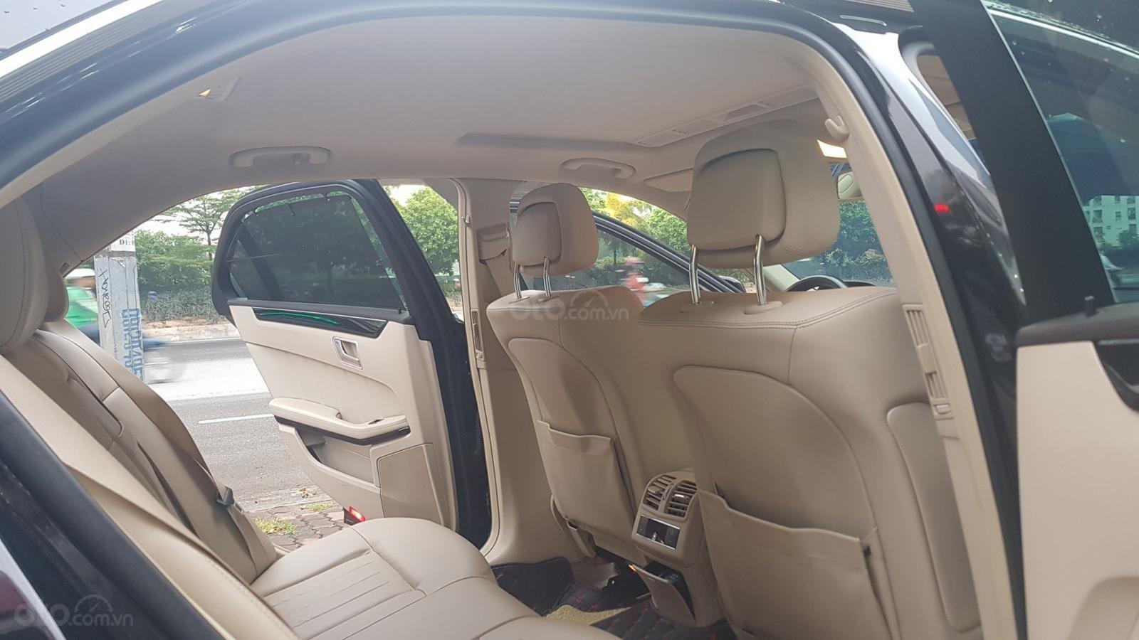 Cần bán xe Mercedes E250 CGI sản xuất 2013 đăng ký cá nhân (12)