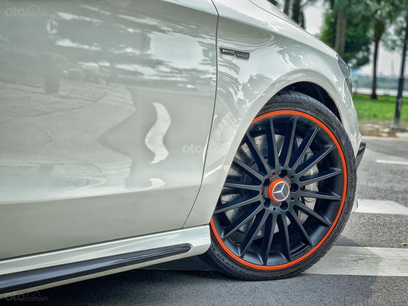 Bán xe Mercedes CLA 45AMG Orange Art đời 2016 full option, giá chỉ 1 tỷ 65 (9)