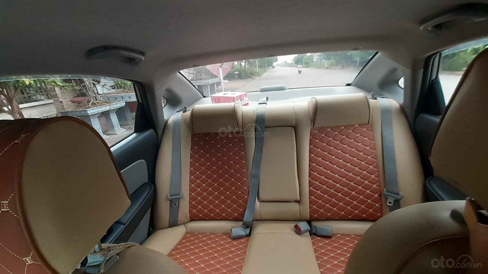 Bán Hyundai Avante MT 2011, màu xám (ghi) xe gia đình (25)