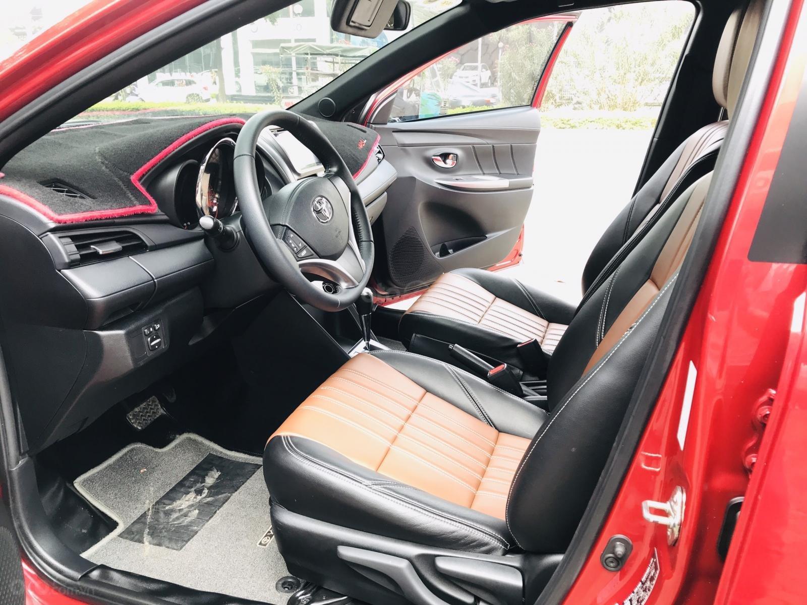 Cần bán Toyota Yaris 1.5 G sản xuất 2017, màu đỏ, xe nhập (15)
