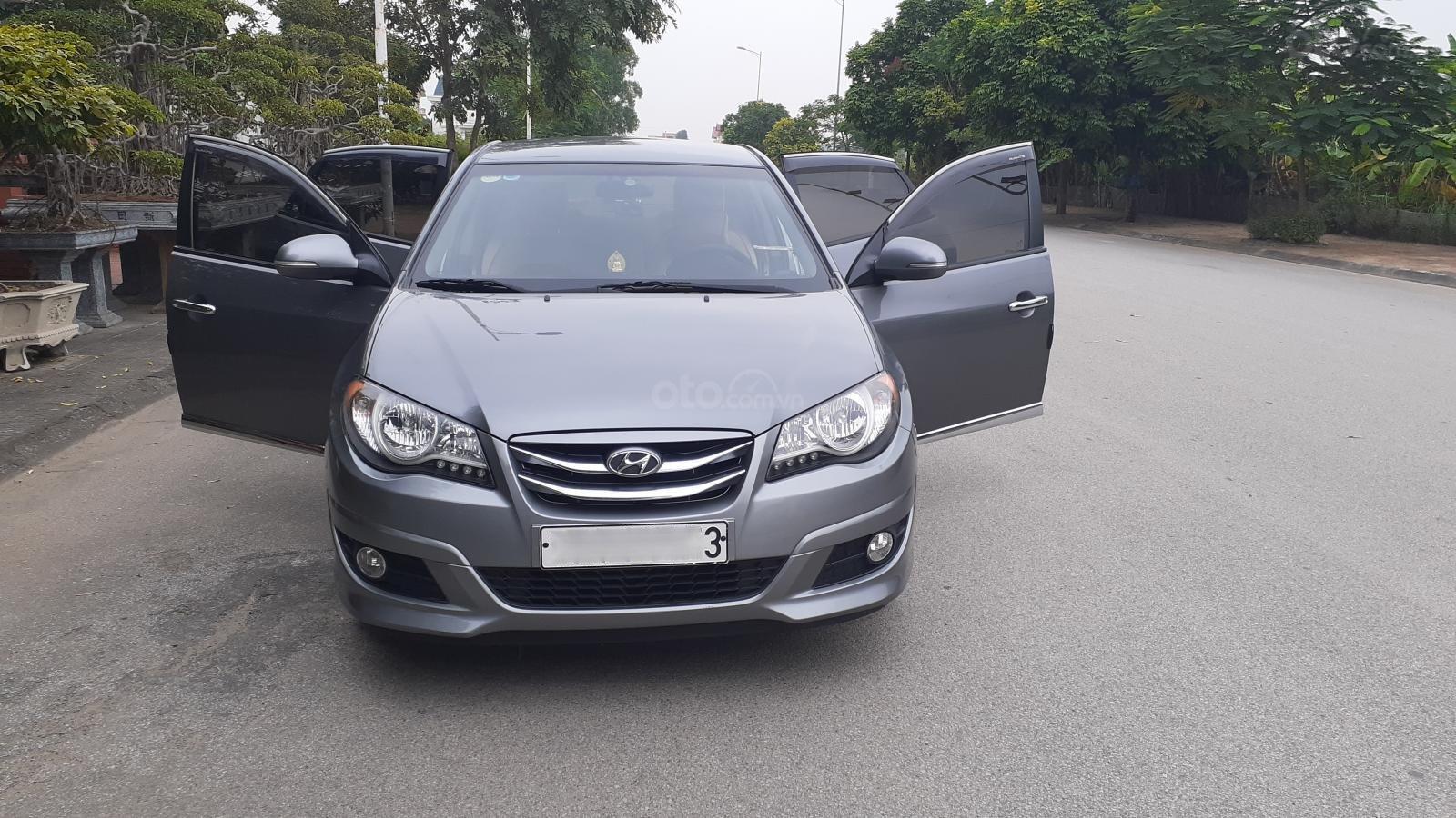 Bán Hyundai Avante MT 2011, màu xám (ghi) xe gia đình (2)