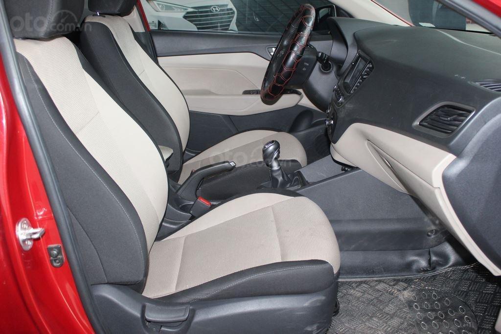 Hyundai Accent 1.4AT 2018, xe màu đỏ siêu đẹp, có kiểm định chất lượng (7)