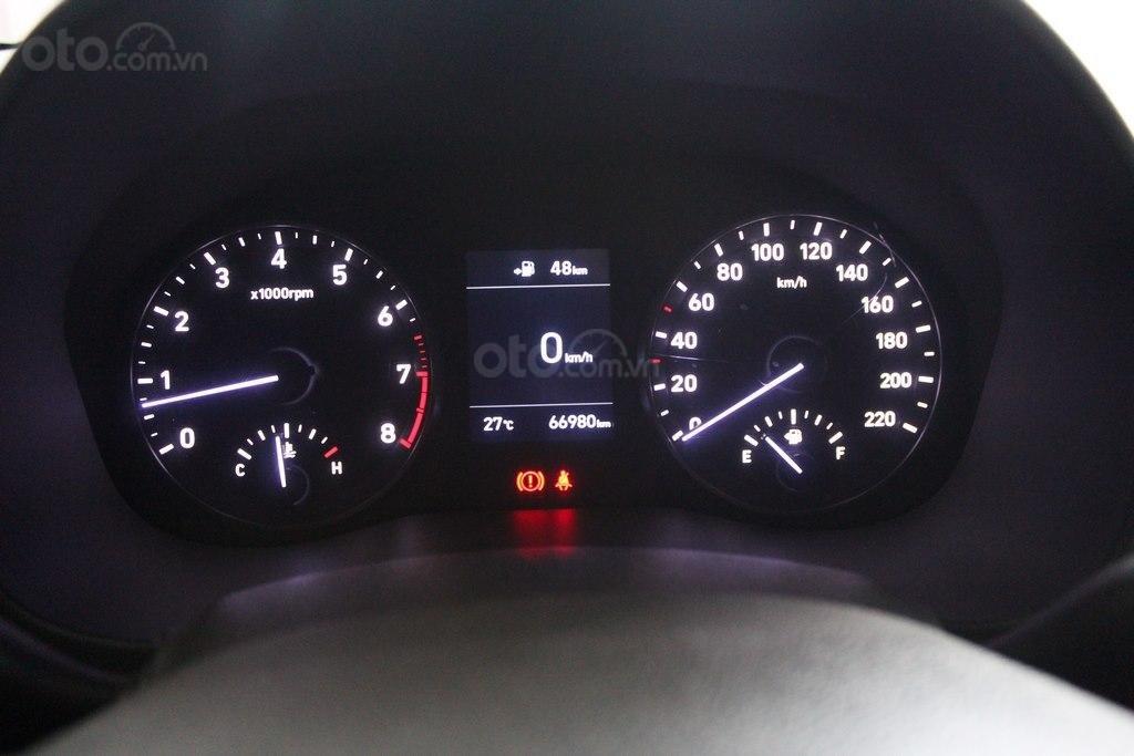 Hyundai Accent 1.4AT 2018, xe màu đỏ siêu đẹp, có kiểm định chất lượng (6)