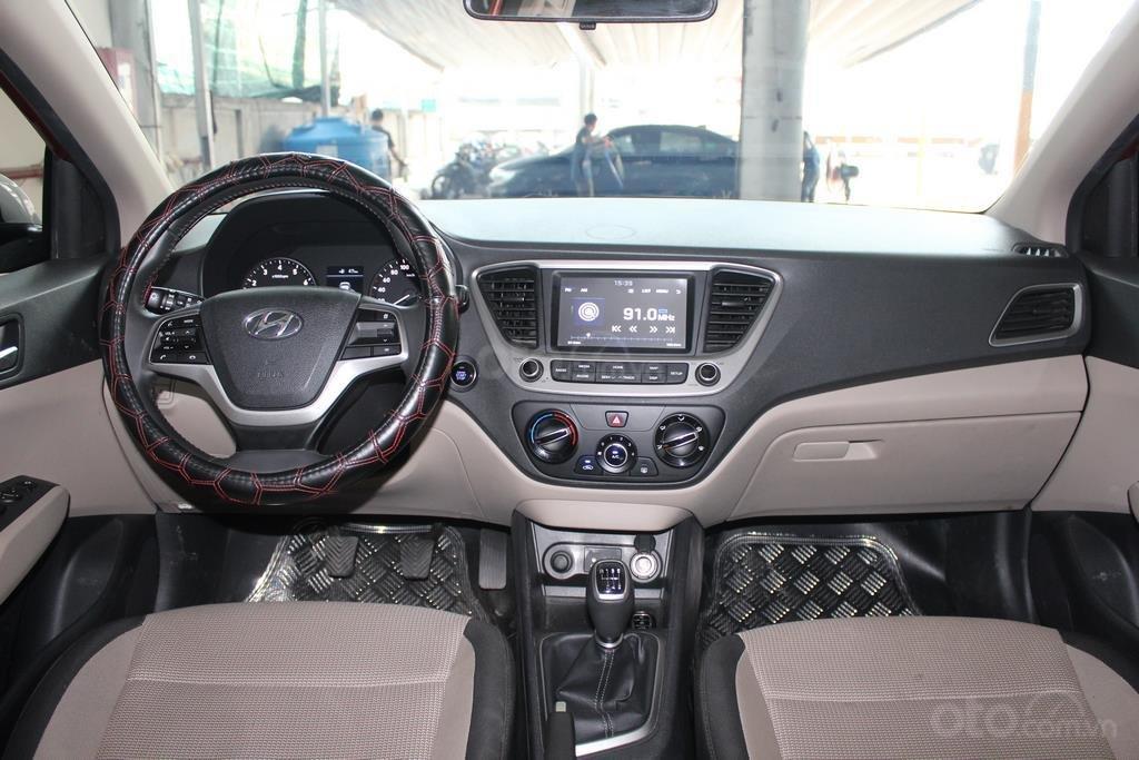 Hyundai Accent 1.4AT 2018, xe màu đỏ siêu đẹp, có kiểm định chất lượng (9)