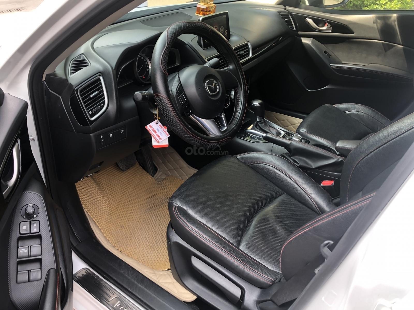Bán Mazda 3 1.5 năm 2017, màu trắng (7)