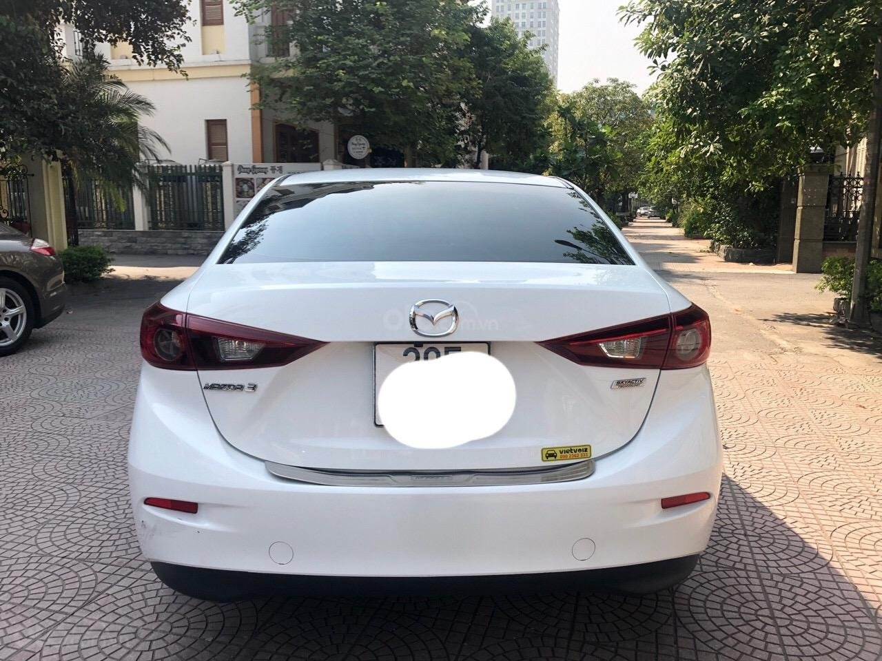 Bán Mazda 3 1.5 năm 2017, màu trắng (11)