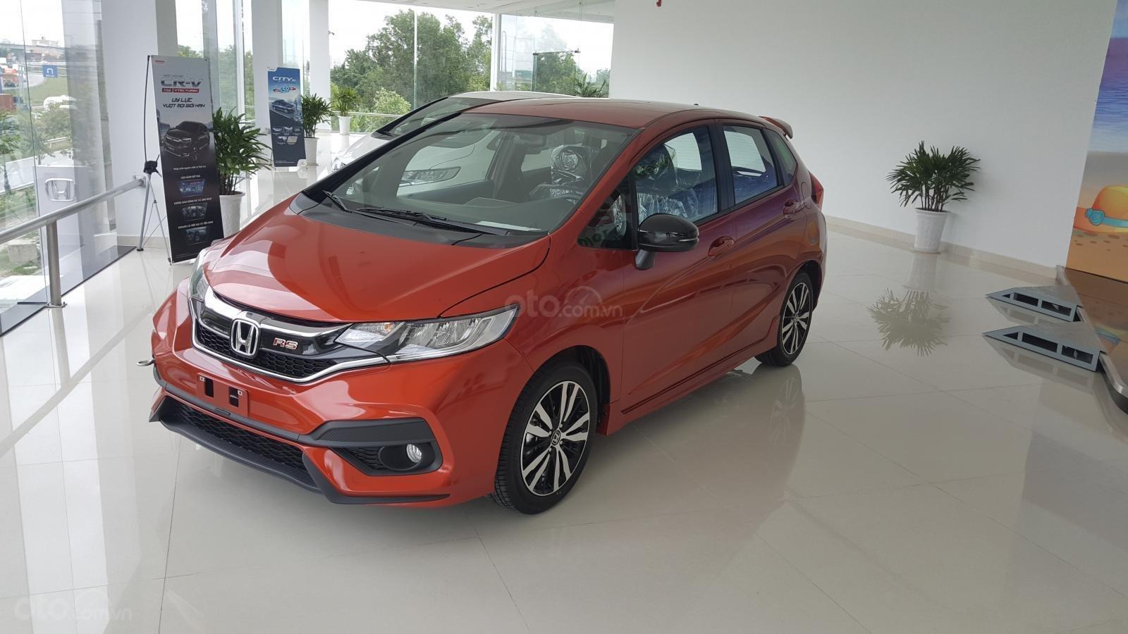 Honda Jazz 2019 màu đỏ 1