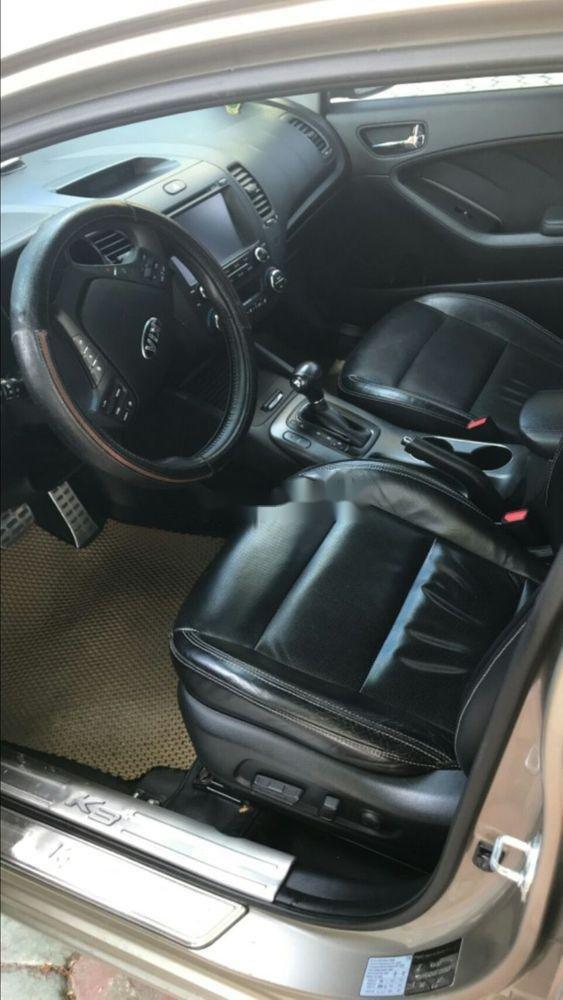 Bán xe cũ Kia K3 sản xuất 2016, số tự động (4)
