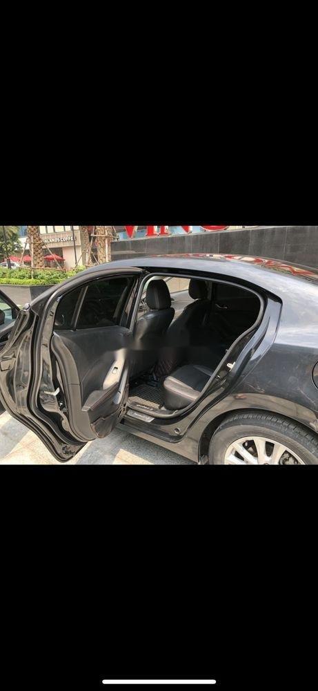 Bán Mazda 3 năm 2018, màu đen, giá tốt (3)