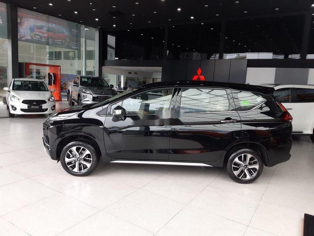 Bán Mitsubishi Xpander đời 2019, màu đen, giá cạnh tranh (2)