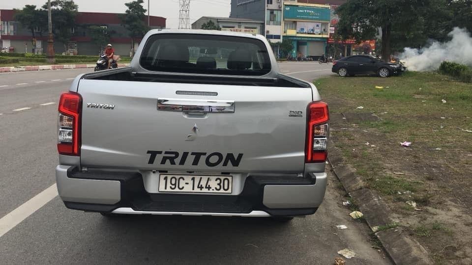 Cần bán lại xe Mitsubishi Triton 4.4 AT đời 2019, xe nhập (3)
