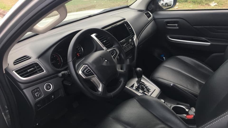 Cần bán lại xe Mitsubishi Triton 4.4 AT đời 2019, xe nhập (5)