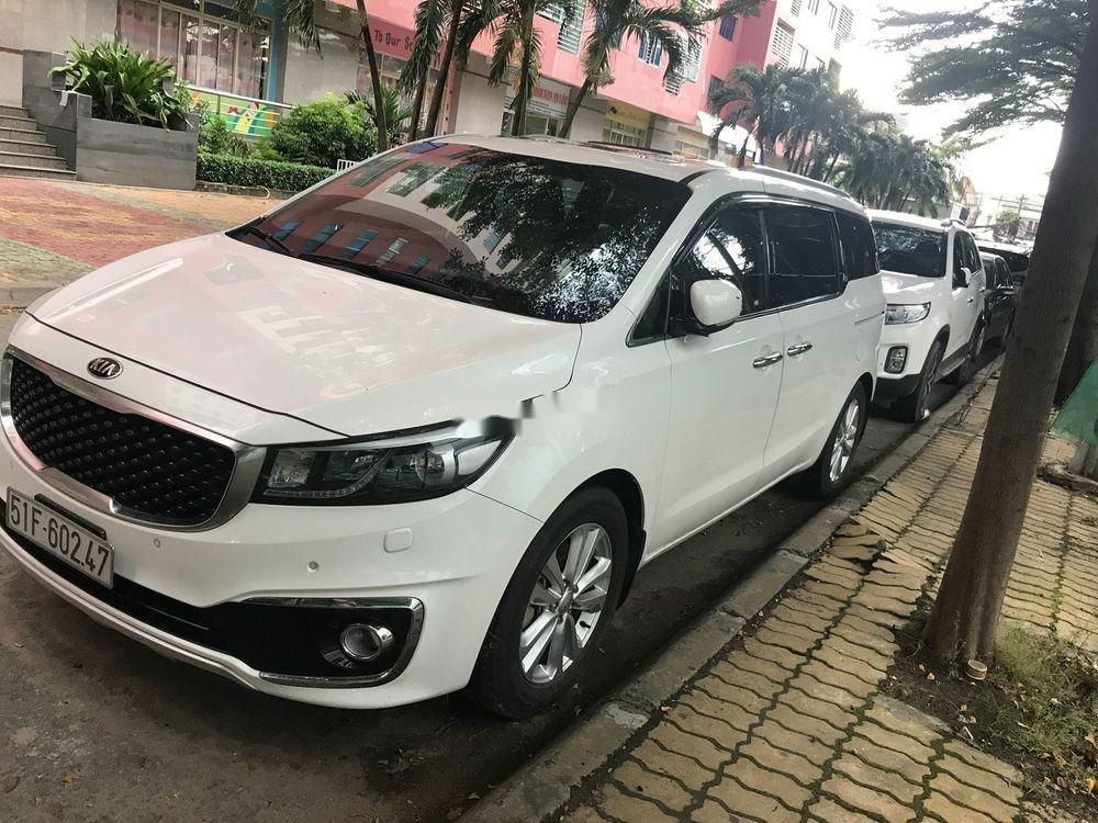 Cần bán xe Kia Sedona đời 2015, màu trắng, bản full xăng (6)