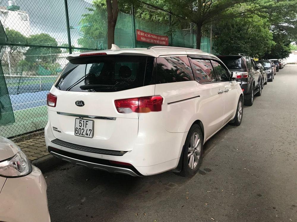 Cần bán xe Kia Sedona đời 2015, màu trắng, bản full xăng (3)