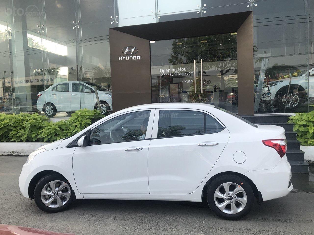 Cần bán xe Hyundai Grand i10 Sedan 2019, trả góp, giá tốt, giá cạnh tranh, giao ngay, khuyến mãi 25tr (2)