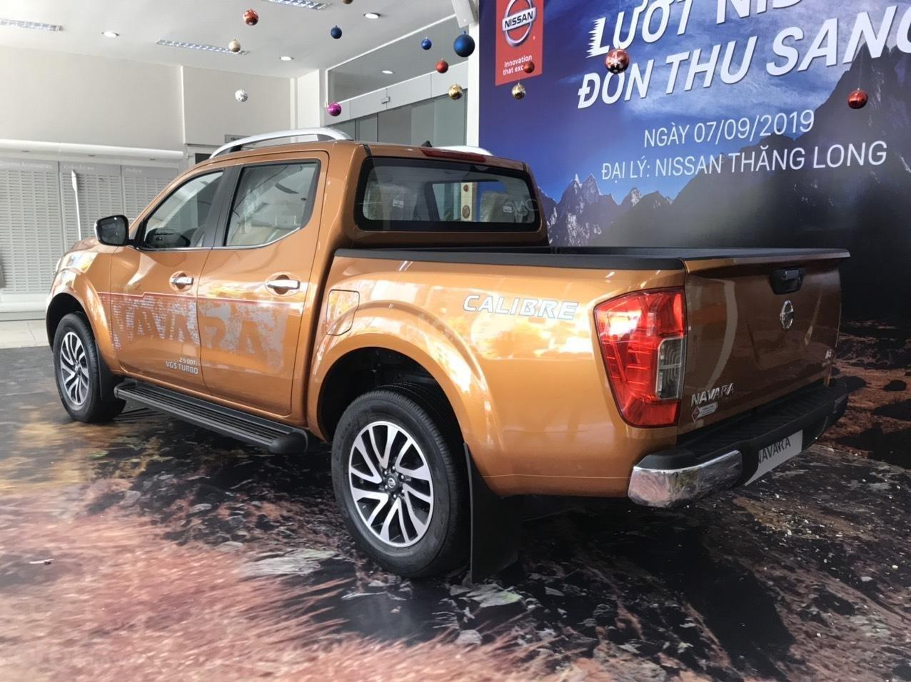Cần bán chiếc xe Nissan Navara năm 2019, số tự động, máy dầu (4)