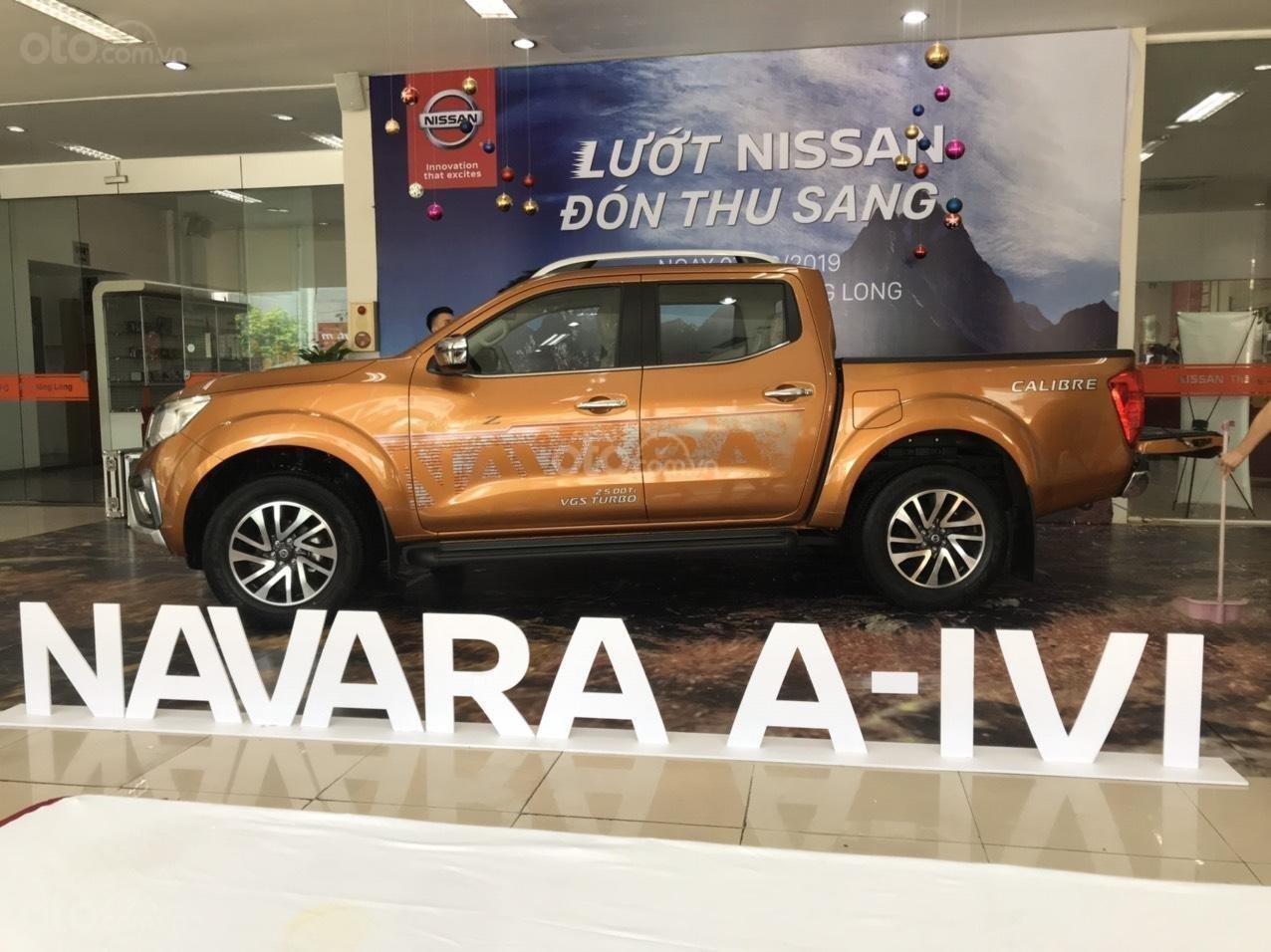 Cần bán chiếc xe Nissan Navara năm 2019, số tự động, máy dầu (2)